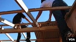 El capítulo uruguayo de Un Techo Para mi País construyó 1.700 viviendas de emergencia desde que se instaló en el país en 2003.
