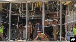 کولمبو کے ایک لگژری ہوٹل میں دھماکے کے بعد ہونے والی تباہی کا اندازہ اس تصویر سے لگایا جاسکتا ہے۔