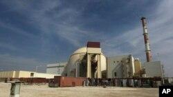 이란 부셰르 시 인근의 핵 발전소. (자료사진)