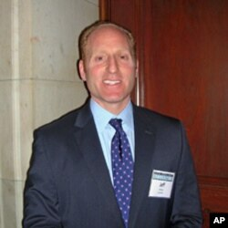 美式足球联盟负责政府关系和公共政策的副主席杰弗·米勒