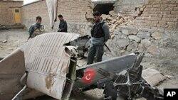 14일 아프가니스탄 카불에 추락한 나토군 소속 헬리콥터.