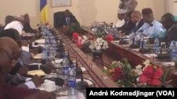 Le gouvernement tchadien, à N'Djamena, au Tchad, le 10 janvier 2018. (VOA/André Kodmadjingar)