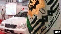 نیروی انتظامی در ایران از جمله ارگان های نظامی است که در مهمانی های خصوصی حاضر می شود و با مهمانان برخورد می کند.