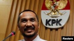 Ketua KPK Abraham Samad mengatakan, lembaganya selama 2013 telah berhasil menyelamatkan uang negara sebesar Rp 1,196 triliun yang berasal dari penanganan perkara tindak pidana korupsi dan penerimaan gratifikasi. (Foto: Dok).