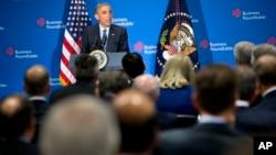 奥巴马总统在工商圆桌会在华盛顿的总部对美国大公司CEO们发表讲话并接受提问
