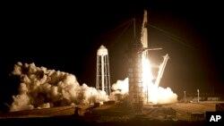 SpaceX-in Dragon kapsulu