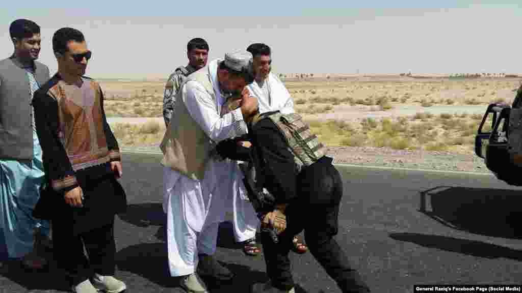 جنرال رازق پدې توانیدلی و چې د افغانستان یوه ډیر ناامنه سیمه، کندهار او شاوخوا سیمې، کې نسبي امنیت ټینګ کړي.
