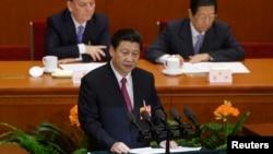 Tân Chủ tịch nước Tập Cận Bình phát biểu trong phiên bế mạc Đại hội Đại biểu Nhân dân Toàn quốc tại Bắc Kinh, Chủ nhật ngày 17 tháng 3. (REUTERS/Jason Lee)