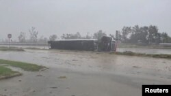 Lejk Čarls, Luizijana tokom udara uragana Delta