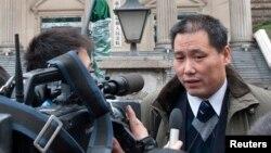 浦志強在被捕前接受記者採訪