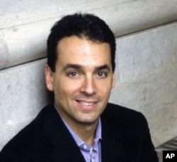 Best-selling author Daniel Pink reveals the surprising truth about what motivates us, in his new book, 'Drive.'