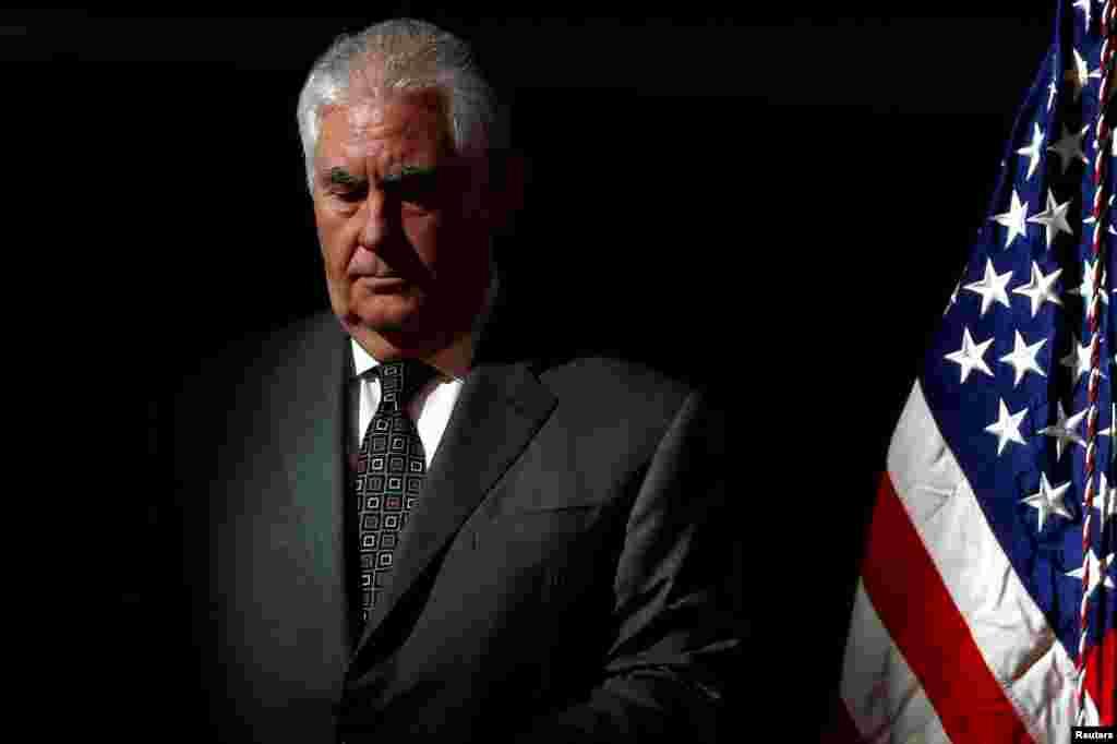 روز سه شنبه گزارش شد دونالد ترامپ، رئیس جمهوری آمریکا رکس تیلرسون را از سمت وزارت خارجه آمریکا برکنار کرد.