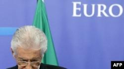 İtaliyanın baş naziri iqtisadi ölçülərə dəstək qazanmağa çalışır