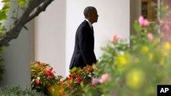 Barack Obama se ha reunido con representantes de todos los sectores para evaluar las medidas que se podrían adoptar para mejorar el sistema de inmigración de EE.UU. Se esperan importantes anuncios para cuando termine el verano.