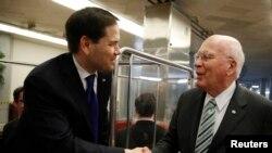 """Rubio dijo que tampoco se lanzará para gobernador de su estado y aseguró que por lo pronto terminará su mandato en el Senado """"y luego seré un ciudadano privado en enero""""."""
