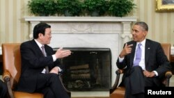 미국 오바마 대통령이 베트남 트루옹 탄 상 대통령과 25일 백악관에서 회담을 가지고 있다.