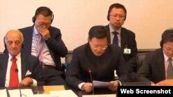 中国代表团团长于建华