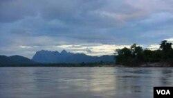 Sungai Mekong adalah satu satu sungai terpanjang di dunia.