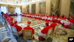 El Colegio de Cardenales del Vaticano está dominado por los clérigos italianos.
