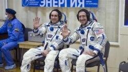 دو فضانورد روس و يک آمريکايی عازم ايستگاه فضايی شدند