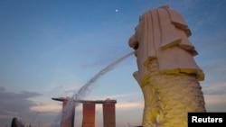 Patung Merlion di Marina Bay, Singapura (Foto: dok).
