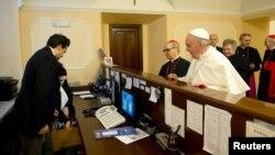 Papa Franja plaća račun u hotelu u kojem je odse prije nego što je imenovan za pontifa