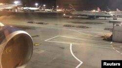 英国航空公司的航班在伦敦希思罗机场