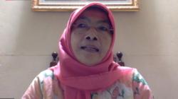 Tangkapan layar Komisioner Komnas Perempuan Maria Ulfa Anshor. (Foto: VOA/Sasmito Madrim)