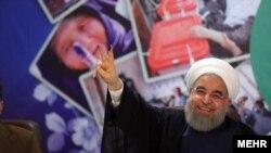حسن روحانی می خواهد مانند چهار رئیس جمهوری قبلی دو دوره رئیس جمهور باشد.