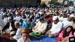 라마단 성월 중 의식에 참가한 무슬림들. (자료사진)