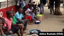 Jovens no emprego informal em Nampula