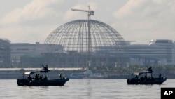 2015年11月13日,菲律賓海軍特別行動組在APEC會場附近的水域巡邏。