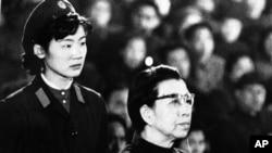 1980年12月,67岁的江青出庭受审