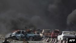 Vụ nổ bom xe tải lớn trong khu ngoại giao ở thủ đô Kabul, 31/5/2017.
