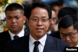 Zhang Xiaoming, dialihtugaskan menjadi wakil direktur operasional harian.