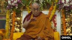 Para pengritik mengatakan pembuatan katalog keagamaan merupakan usaha China untuk mengontrol para pemimpin Budha Tibet dan reinkarnasi Dalai Lama mendatang (foto: dok).