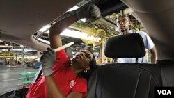 Auto industrija je jedan od sektora koji je tesko propatio u posljednje dvije godine. Fotos hale kompanije General Motors