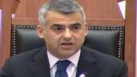 Dorëhiqet nënkryetari i parlamentit Dule