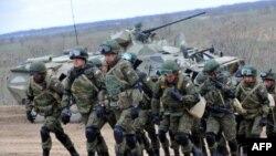 Tin nói rằng Nga có thể sẽ đưa thêm lực lượng trên bộ tới Syria.