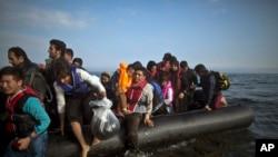 Para pengungsi dan migran di Laut Tengah (Foto: dok).