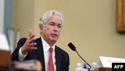 Директор ЦРУ Уильям Бернс выступает на слушаниях в Комитете по разведке Палаты представителей, 15 апреля 2021 года
