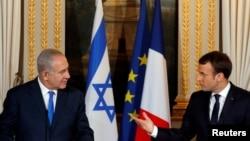 法国总统马克龙和到访的以色列总理内塔尼亚胡在记者会上(2017年12月10日)