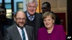 Канцлер Анґела Меркель (п) і Мартін Шульц