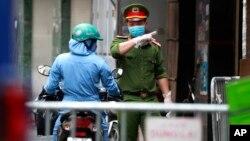 """Việt Nam được đánh giá là một trong những quốc gia kiểm soát đại dịch hiệu quả nhờ các biện pháp kịp thời và """"mạnh tay""""."""