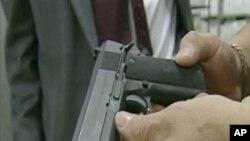 Продолжува дебатата во САД - за или против огненото оружје