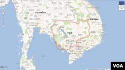 រូបថត screenshot មួយនៃគេហទំព័រផែនទី Google Maps កាលពីថ្ងៃទី២៤ ខែឧសភា ឆ្នាំ២០១៣ បង្ហាញផែនទីប្រទេសកម្ពុជាជាភាសាខ្មែរ។