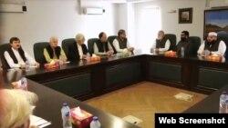 حزب اختلاف کی رہبر کمیٹی کے اجلاس میں چیئرمین سینیٹ ہٹانے سمیت متعدد فیصلے کیے گے۔ 5 جولائی 2019