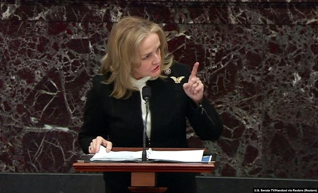 众议院弹劾经理人迪恩众议员在参议院举行的针对前总统特朗普的弹劾审判期间发言。(2021年2月10日)(photo:VOA)