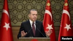土耳其总统埃尔多安在安卡拉讲话(2016年12月1日)