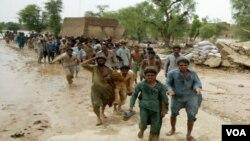 Ribuan menjadi pengungsi akibat bencana banjir di provinsi Baluchistan, Pakistan (25/9).